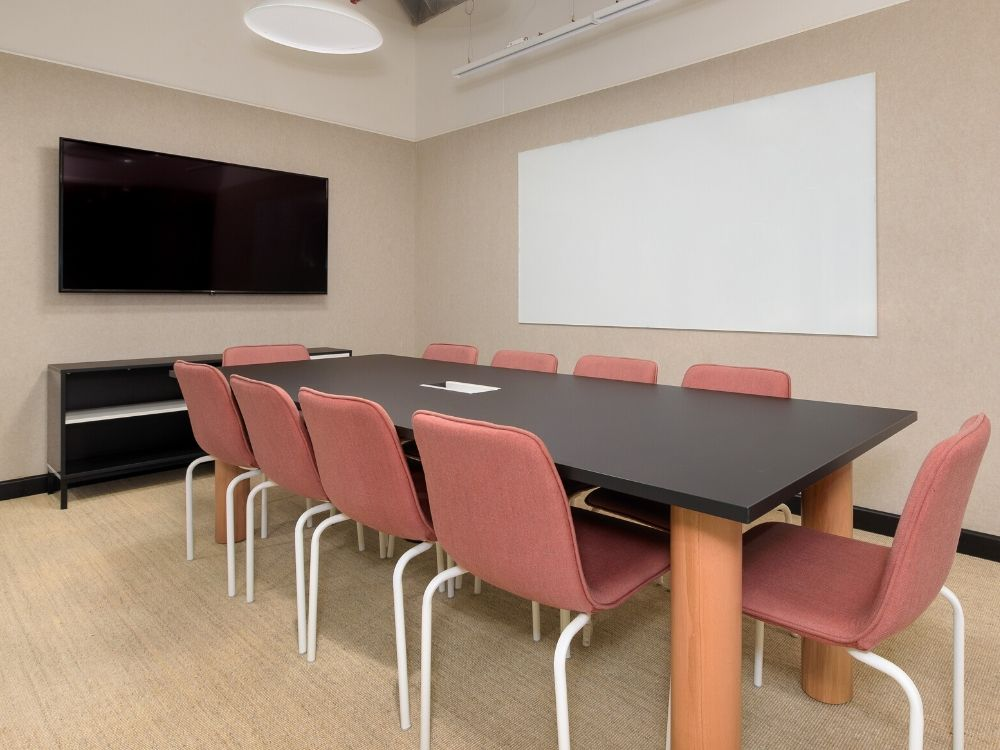 Vaishnavi-Signature-1E-Conference-Room