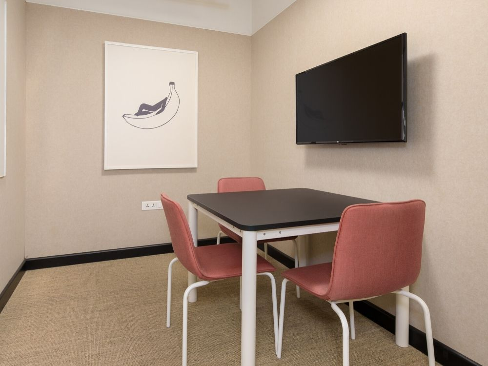 Vaishnavi-Signature-6D-Conference-Room