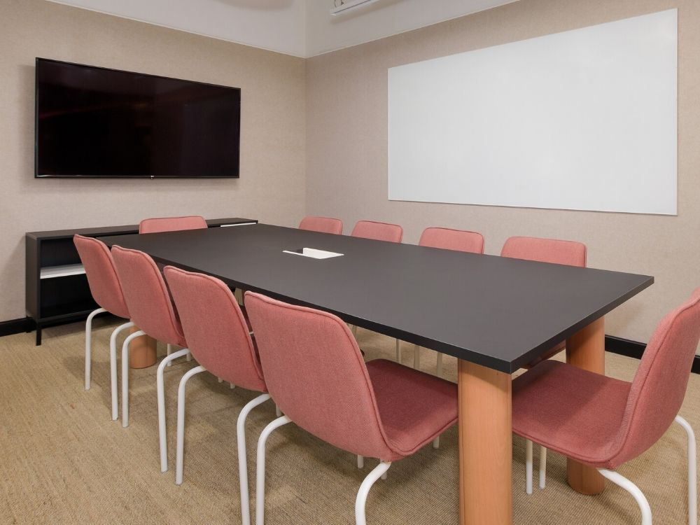 Vaishnavi-Signature-2D-Conference-Room