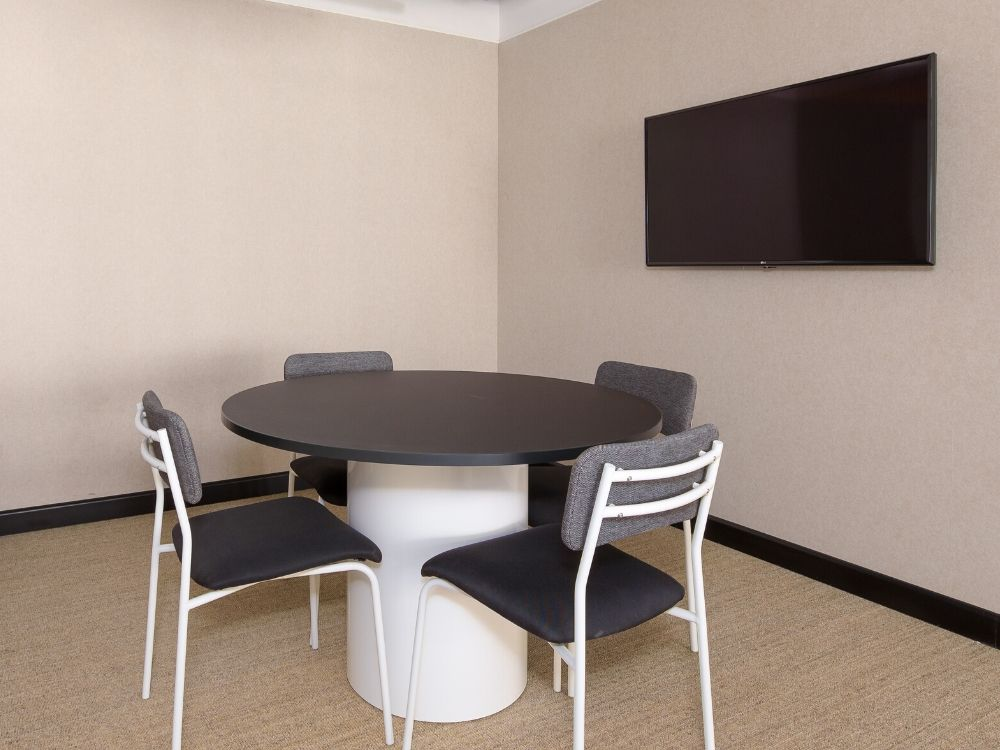 Vaishnavi-Signature-5E-Conference-Room