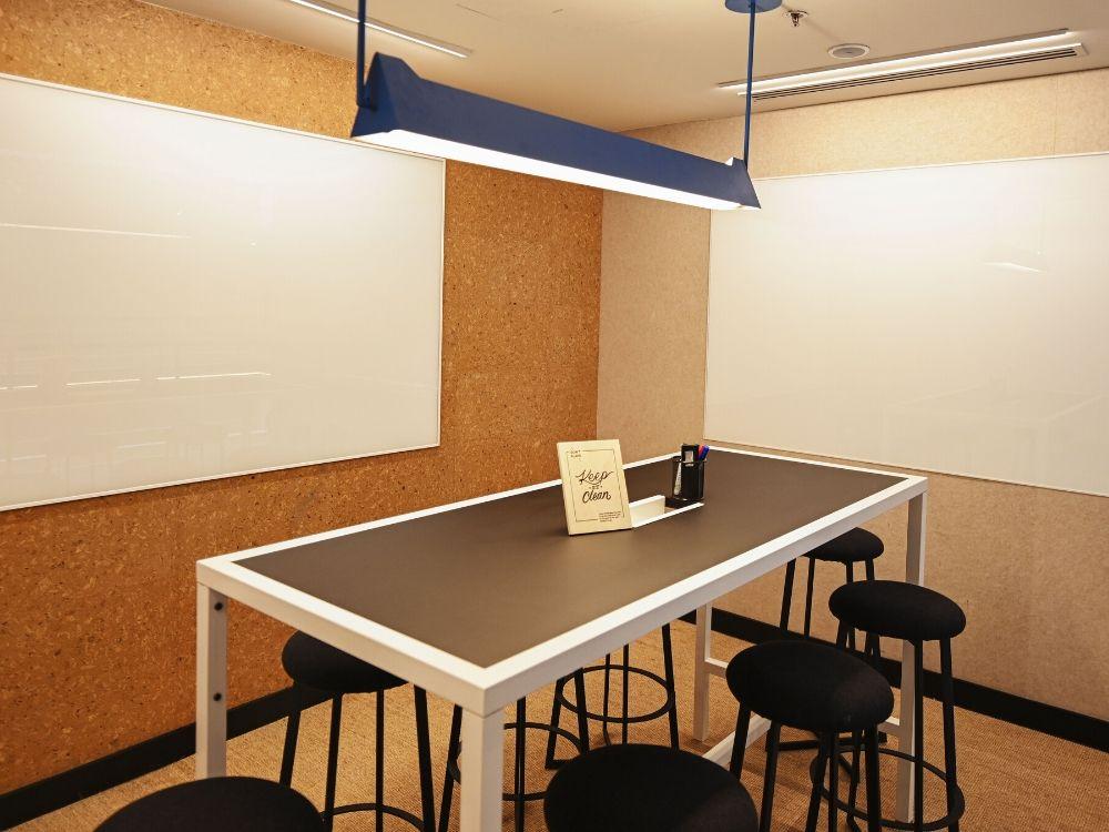 Prestige-Central-3B-Conference-Room