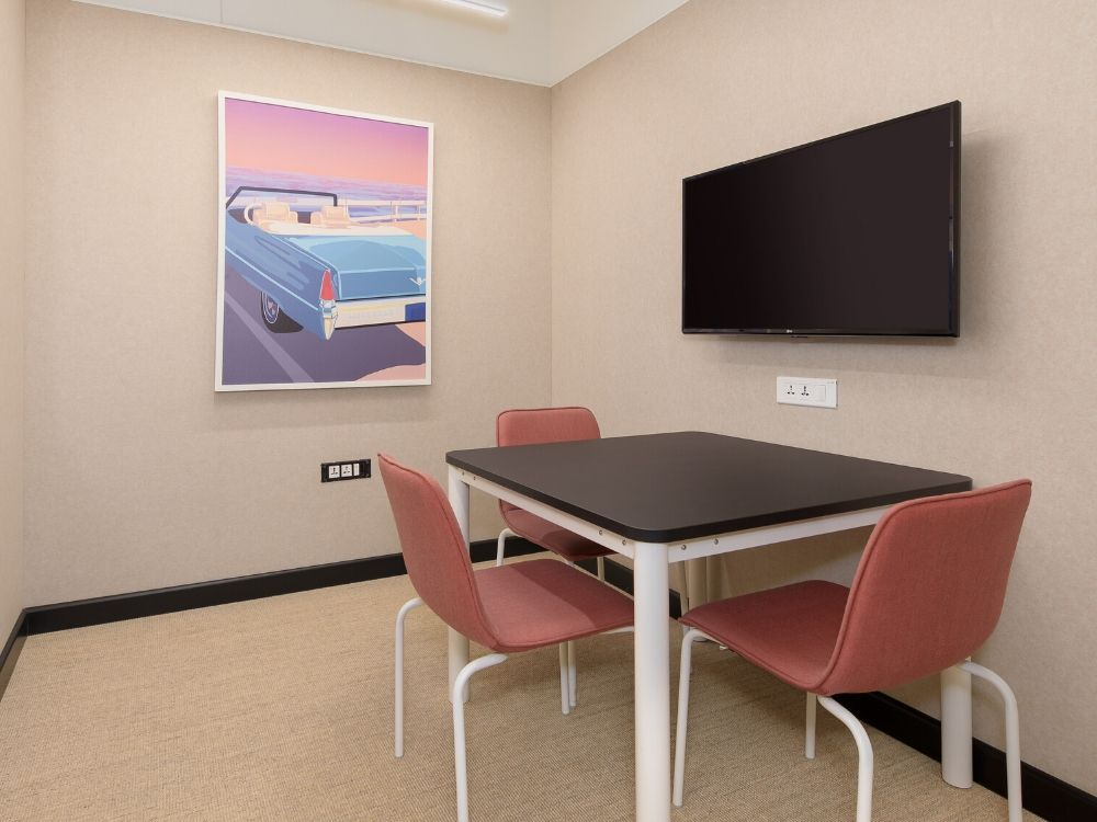 Vaishnavi-Signature-3B-Conference-Room