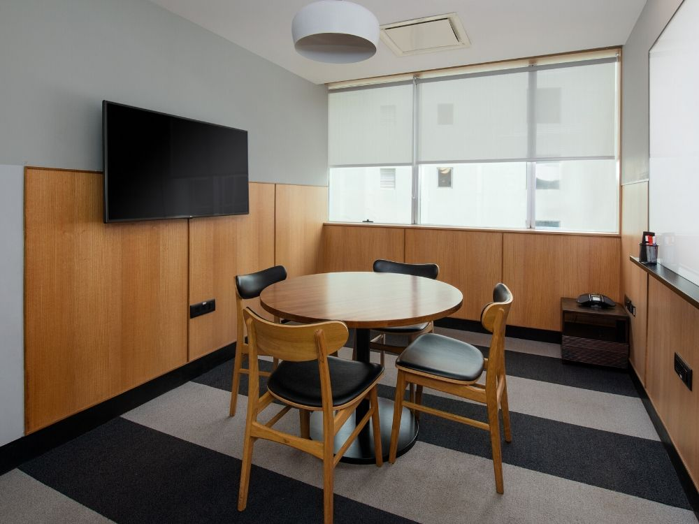 Embassy-Golf-links-5C-Conference-Room
