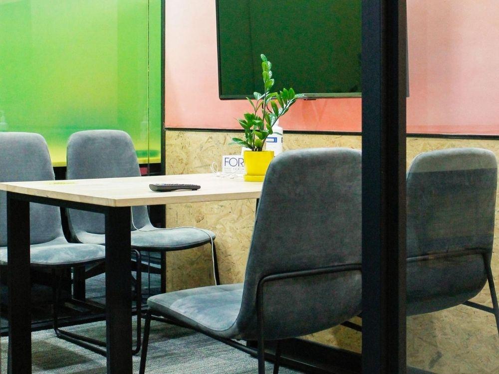 ORR-1C-Meeting-Room