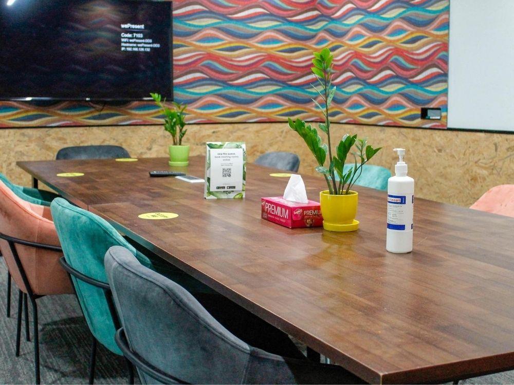 ORR-2C-Meeting-Room