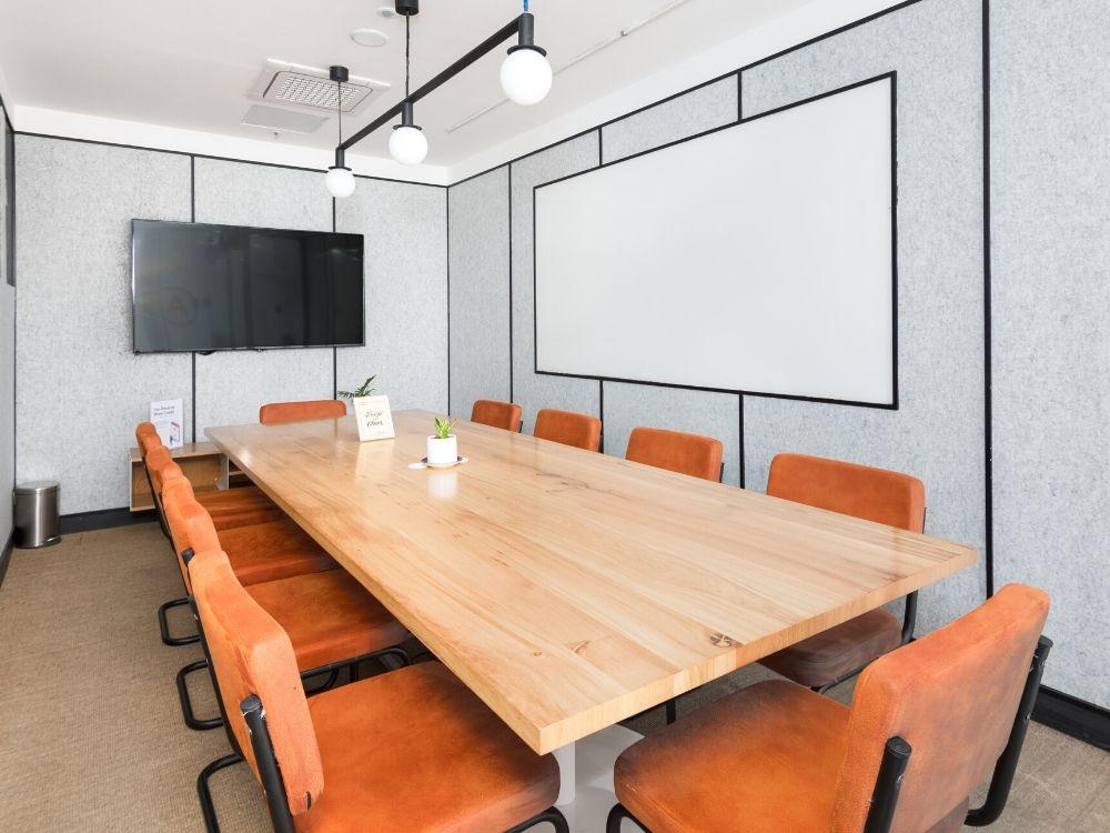 Blue-One-Square-5B-Conversation-Room