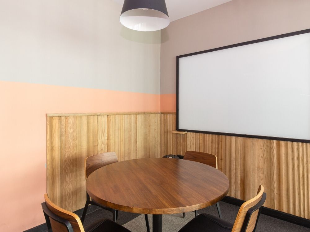 Enam-Sambhav-9B-Conference-Room