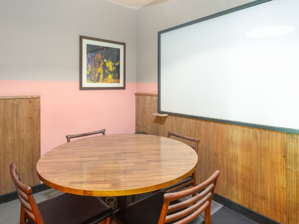 Enam-Sambhav-15A-Conference-Room