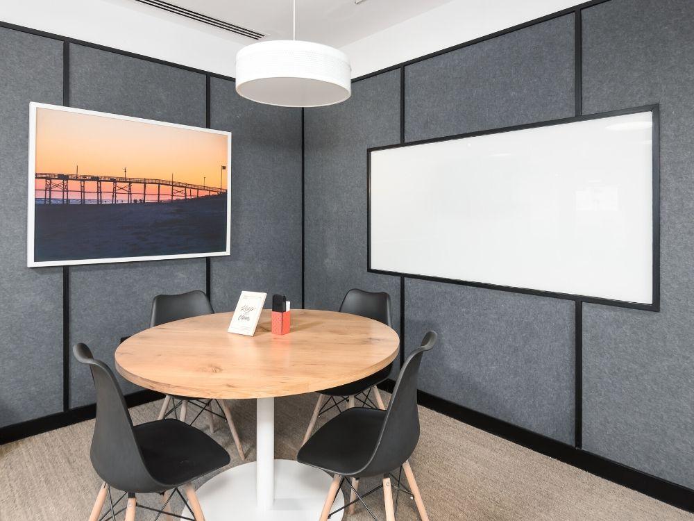 Prestige-Cube-1B-Conference-Room