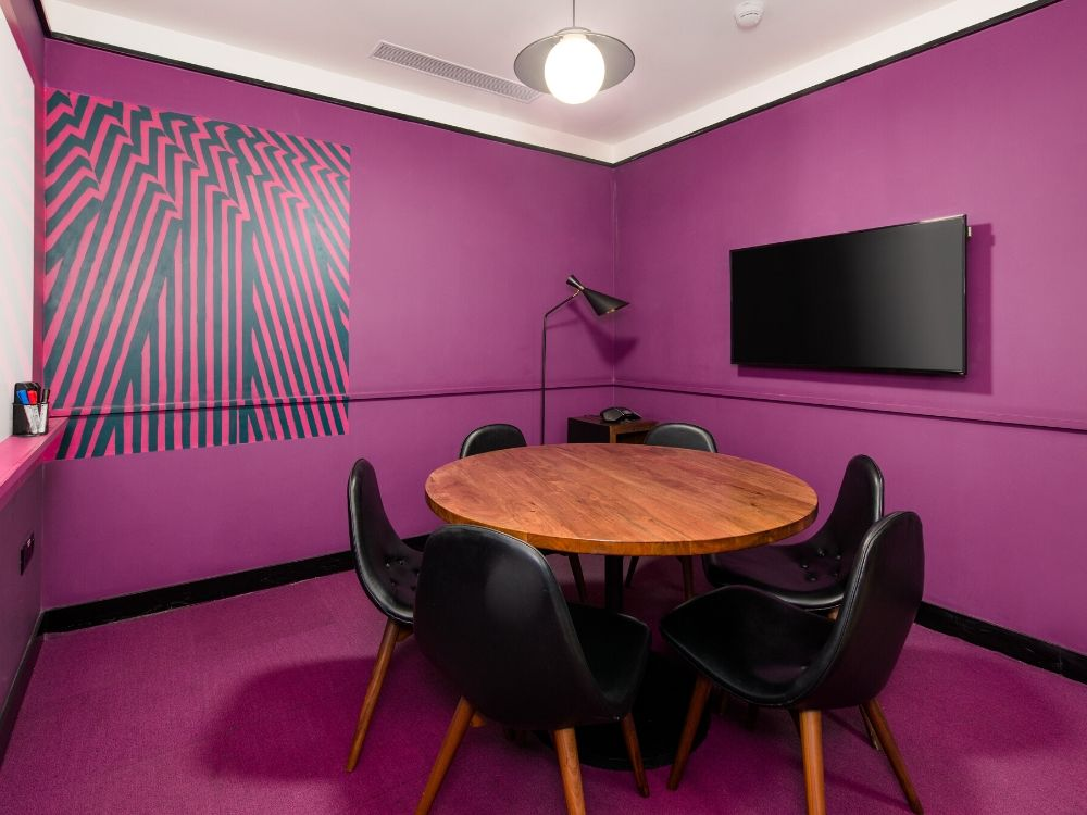 Galaxy-6D-Conference-Room