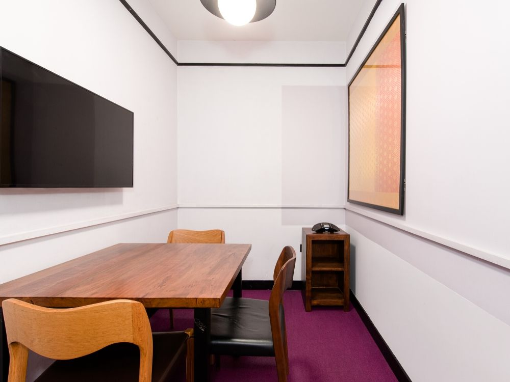 Galaxy-6F-Conference-Room