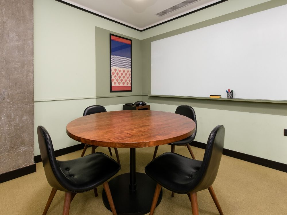 Galaxy-4B-Conference-Room
