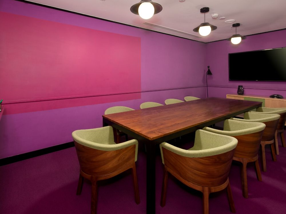 Galaxy-4F-Conference-Room