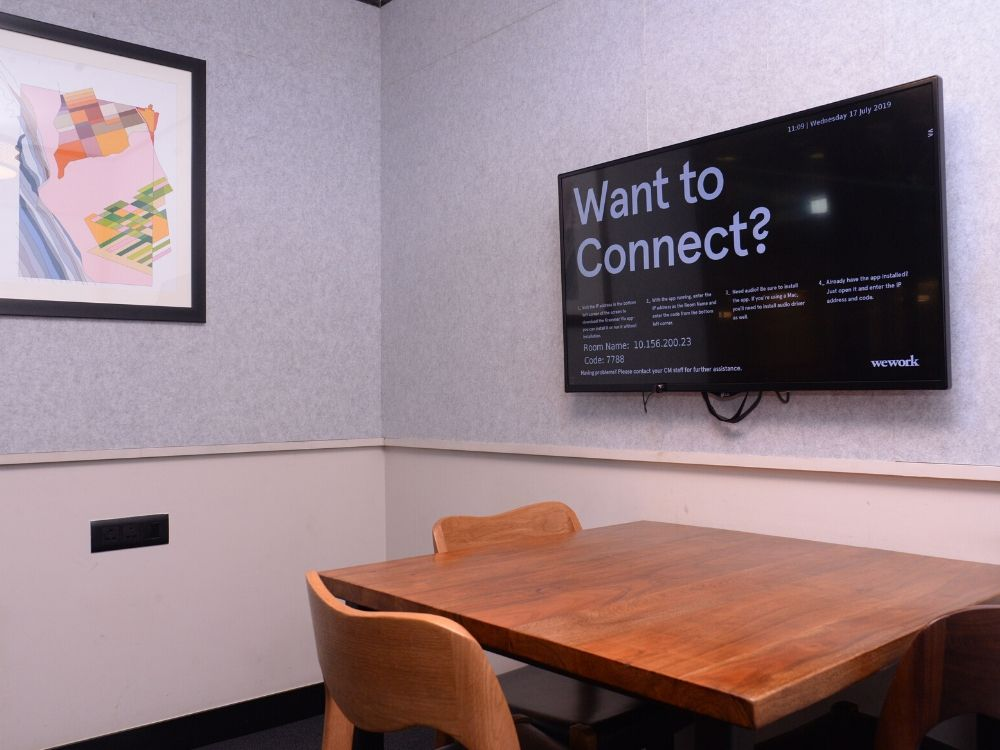 Galaxy-5J-Conference-Room