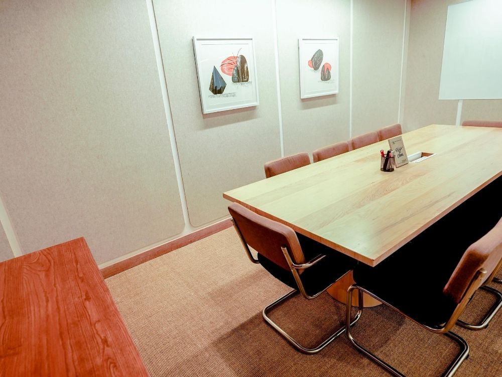 Panchshil-Futura-1G-Conference-Room