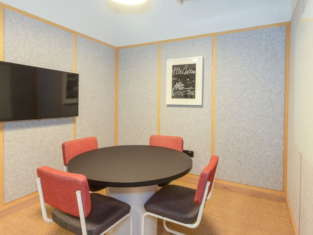 Seawoods-Grand-Central-10X-Conference-Room