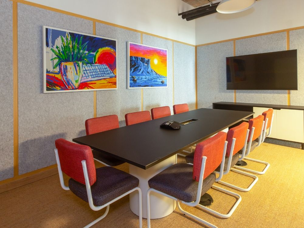 Oberoi-CommerzII-20G-Conference-Room