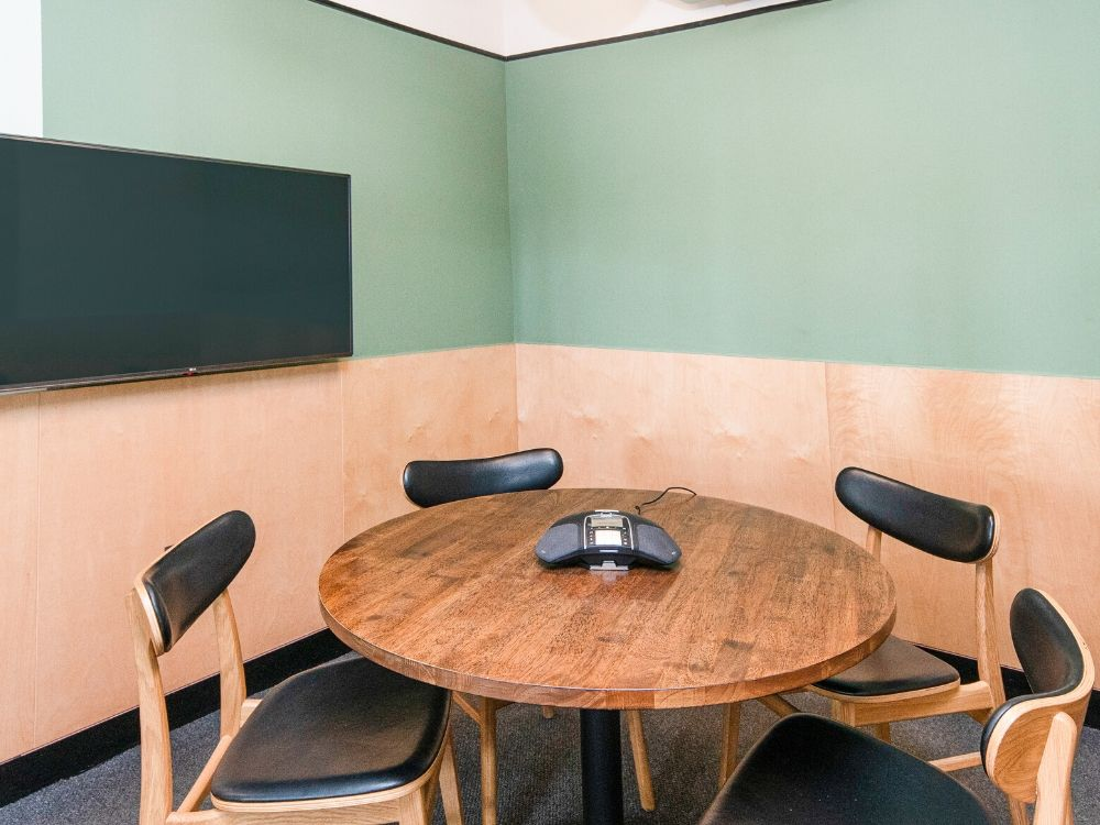 Chromium-4A-Conference-Room