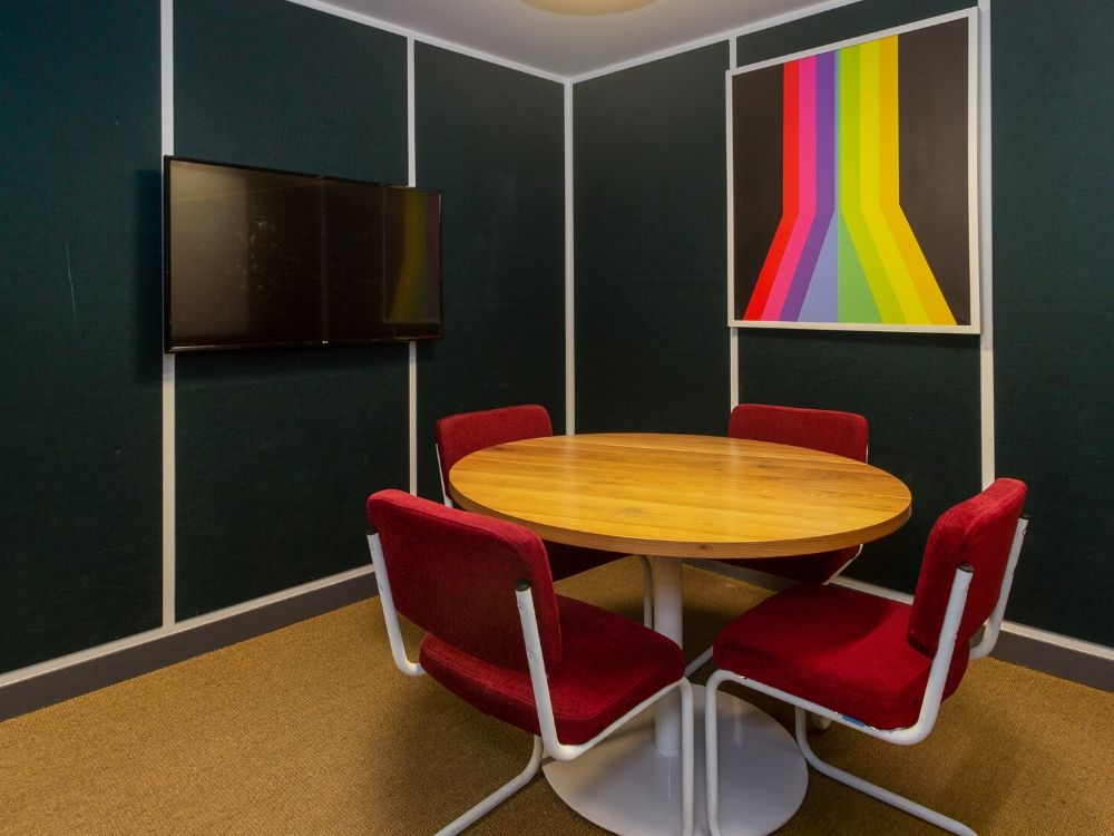 Chromium-GR-D-Conference-Room
