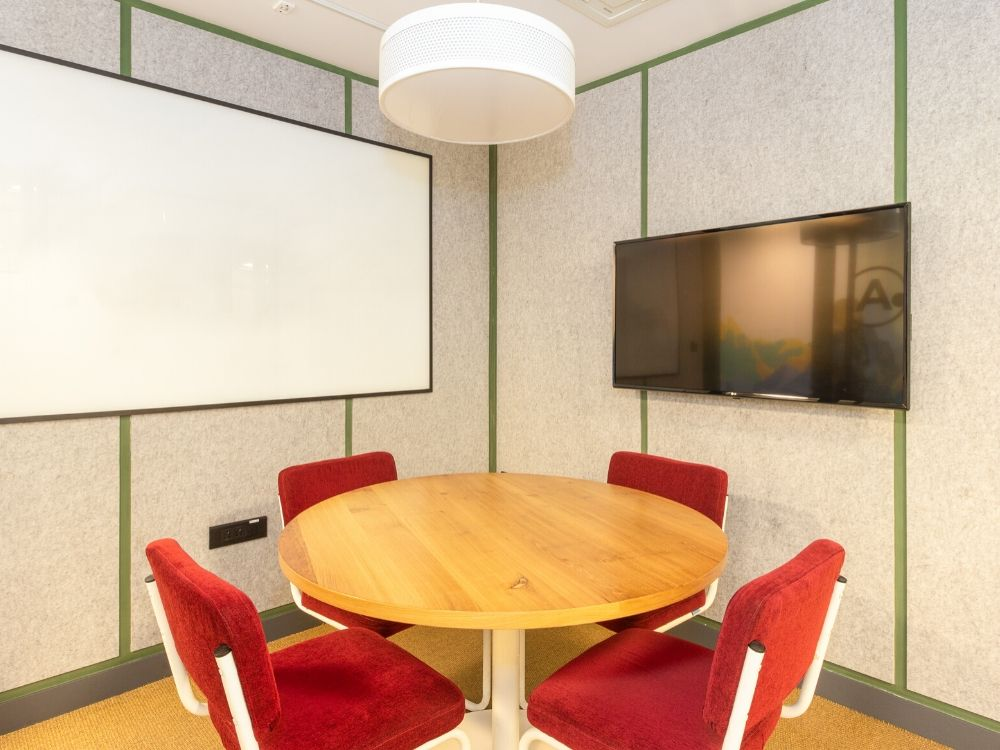 Chromium-1D-Conference-Room