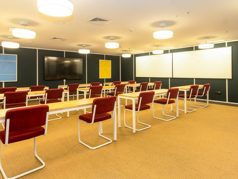 Zenia-7D-Conference-Room